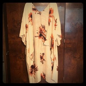Tops - Best Ever Floral Kimono - cream color only!